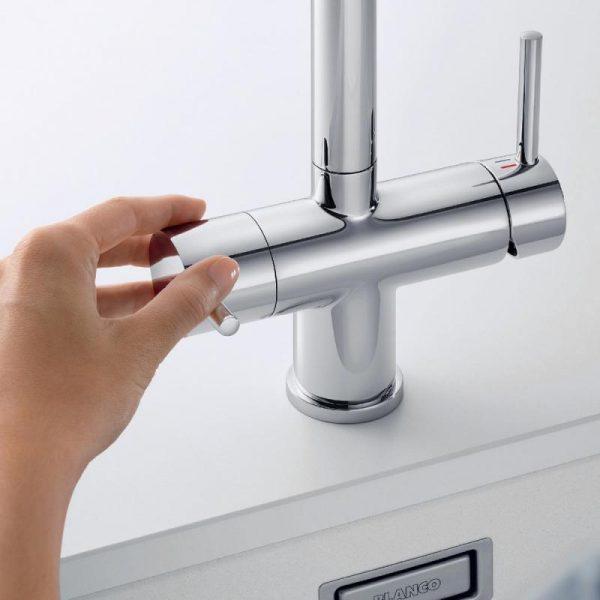 Blanco Fontas Ii 525230 Eenhendel Keukenkraan Met Uittrekbare Handdouche Met Filtersysteem Volledig Rvs